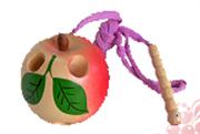 Яблоко-шнуровка малое лак. расписное ДШ-070 5х5см