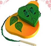 Груша с листиком шнуровка крашенная ДШ-013  15х10см