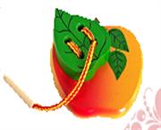 Яблоко с листиком шнуровка краш. ДШ-074  11х11см